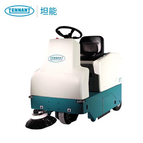 坦能6100小型电动扫地车